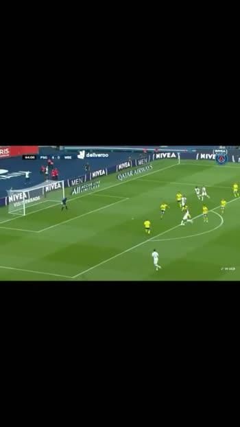#footballplayer #football #footballlover #soccerskills #soccer #soccerball