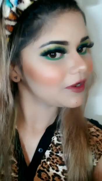 💛💚💙 #Makeuplooks #makeupartist #makeuplovers