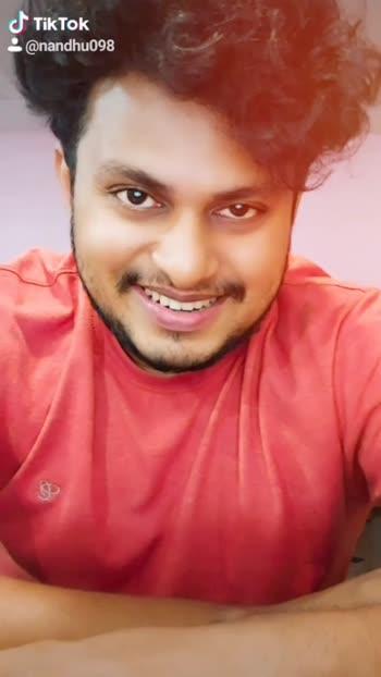 ചെരിച്ചുടഞ്ഞു നിൻ കരി വളകൾ 🥰🥰💞😘#nammal #goproindia #tiktok-roposo #lalettan
