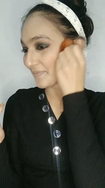 Blush Using ADS Eyeshadow palette.   #lookgoodfeelgood #roposostars #foryou #creativespace #makeuplover #makeupoftheday #makeuplove #makeupideas #blush #blushpink #blusher #blushing #blushpalette #ads #alia #naturalface #neutralmakeup #neutraltones #slayer #slayqueen #slaying #slaymakeup