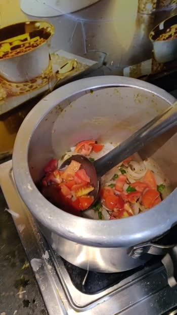 Green vegetable special: Lauki pyaza.   #foodiesofindia #foodiepiscean #indianroposo #foodporn #foodblogger #foodbloggersindia #foodlover #homemade #foodblogger #foodphotography #indianfood #greenlove #insta_pick_blossom #foodiesmoment #foodiesuperstar #risingstaronroposo