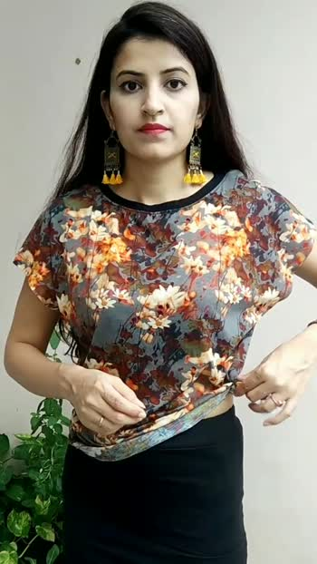 How to convert any Tshirt into Crop top !!  safe and stable method.   #fashion #fashionblogger #fashiontips #styling #croptops #skirt #fashionquotient #foryou #foryoupage