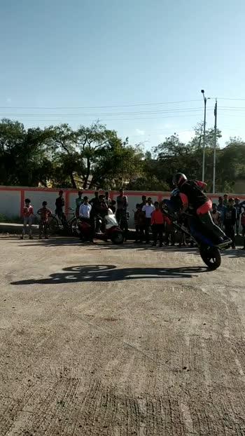 #bike #bike-stunt