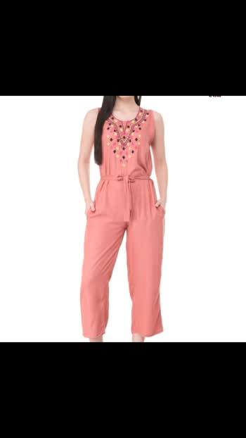 rayon jumpsuits🌟 in amazing 👍😍🤩price. For order comment me