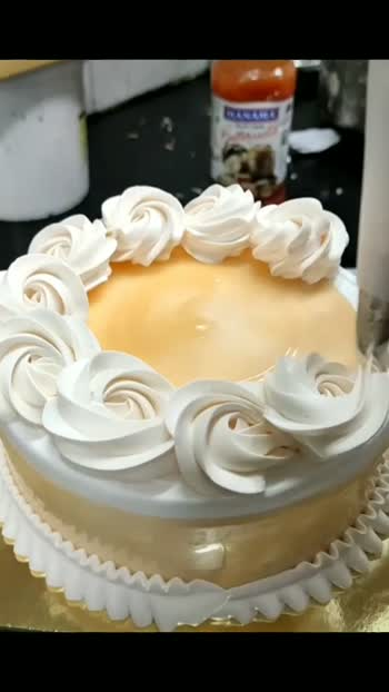simple decoration dostu ..#cakes #cakedecorating @roposocontests @roposotutorial