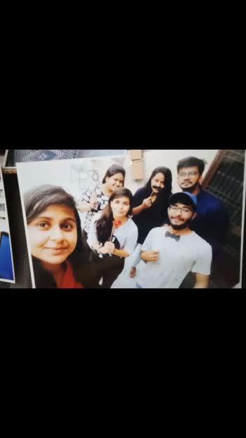 quarantine life be like.... #quarantine #quarantinelife #quarantineandchill #memories #memoriesforever #missing #friends #family #images #happyvibes #followforfollow #roposostar #roposo-beats #roposo #roposoindia #friendshipgoals #bestmoments #india #jaipur #jaipurdiaries #jaipurcityblog #jaipurbloggers #jaipurpinkcity #jaipurites #schoollife #school #collegelife #college #collegedays #familytime #happiness #birthdayspecial