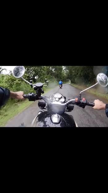 #mungarumale2 #kannada #travel #bikelife #maleyalijotheyali #roposo #roposostar #gopro #goproindia #travelvlogger #wanderlust #kannadaroposo #kannadasongs #kannadaroposo