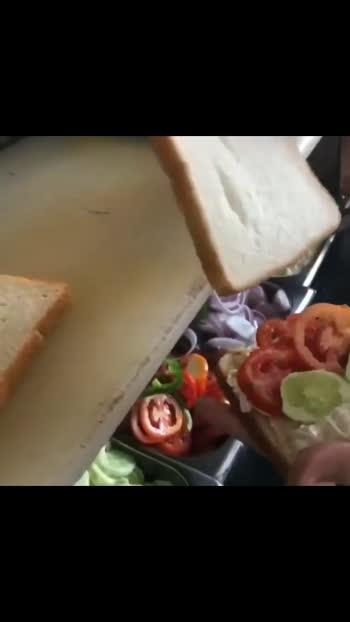 Sandwich 🥪😋 #safehaintohsaathhain #ilovemyindia #foodporn #foodie #foodofindia #gujaratblogger #foodblogger
