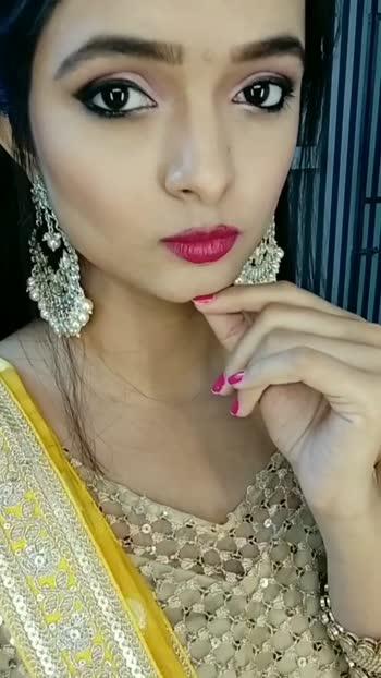 on set... #roposostar #jwellery #saree #makeup #hair #beautiful #girl #onset #actor #actorslife #tvshows #tvactor