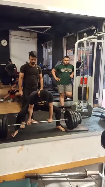 180kg deadlift #deadlift #deadliftlover #fitnesstrainer #fitnessmotivation #fitnessaddict #fitnessgoals #fitnessfreak #fitindiahitindia #roposports #roposostars