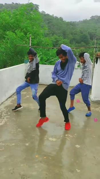 #buttabommasong #all_shots #alluarjun #alavaikunthapurramuloo #roposostar #risingstaronroposo #danceindia #telugusongs #trendingvideo #latesttelugusongs