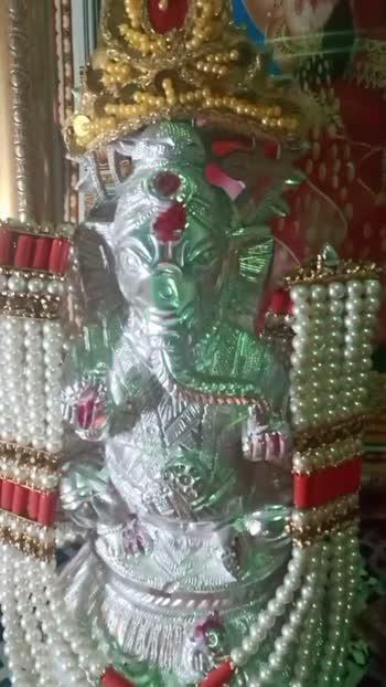 Ekhadantaya vakratundaya🙏🙏