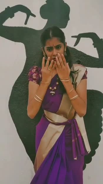 Aaruyire #keerthanamahesh #firstpost #firstvideoonroposo #firstvideo #dancer #tamilsong #tamildance #tamildancer #tamildancevideo #ropose #foryou #fyp #artists #tamilgirl #tamilgirlvideos #tamilachi #bharathanatyam #classicaldance #classicaldancer #expression