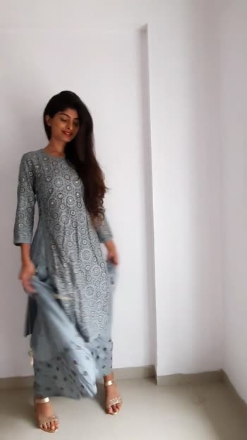 I really love styling ethnic outfit i feel really confident wearing ethnic attire   #roposostar #roposo-beats #indianroposo #indianroposoapp #indianroposostar #influencerstyle #influencers #indianinfluencer #styler #stylist