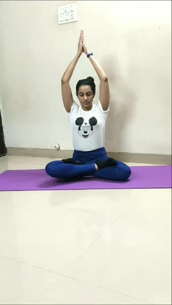 #yogastoriesindia #womanemporwerment #fitwoman #yogabeginner #yogagoals #yogadaily #yogachallenge #yogamotivation #yogaindia #yogastretch #yogaforbalance#yogafitness #yogaweightloss #yogaeverywhere #yogaflexibility #yogaforwoman #fitnessbloggermumbai #yogaeverydamnday #yogaaddict #yogaposes #yogalove #yogajournal #yogainstagram #roposoindia #roposoprideofindia #roposorisingstar #risingstar #poweryoga #fullbodystretch #yogaforenergy #yogaforstrenth #yogaforbalance #yogastretch