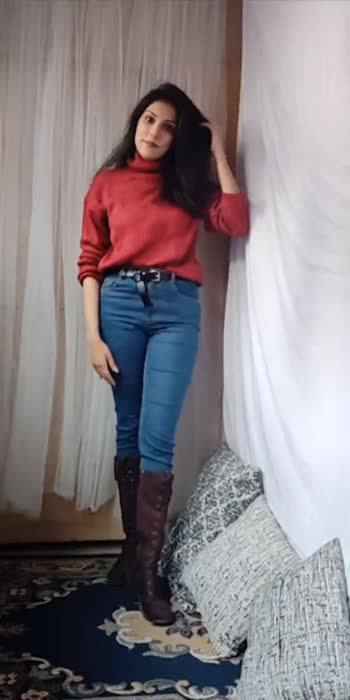 styling a high neck sweater in different ways #stylehacks #stylegram #stylinginspo