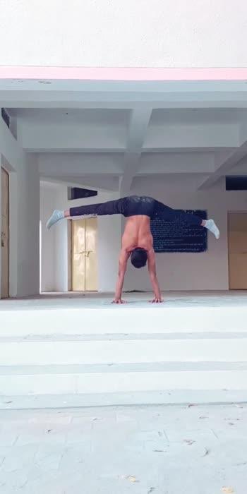 #yogaroposo #yogaclassesonline #yogafitnesslove #yogachallenge #yogalife #yogalifestyle #yogainnature #yogastrong