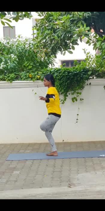 #yogalove #yoga #yogachallenge #yogalover #yogalifestyle #yogainspiration #yogaeverydamnday #yoga4roposo #yogateacher #yogaflow #yogafitness #yogajourney #yogainstructor #yogastrong #yogavideo