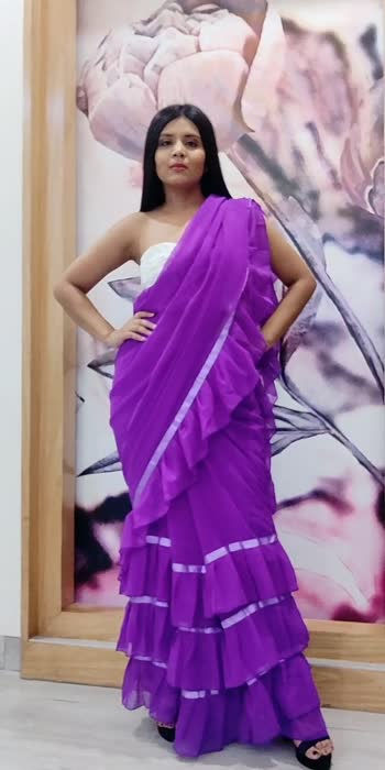 Styling a Frill saree ! #stylingideas #sareedraping #fashionblogger