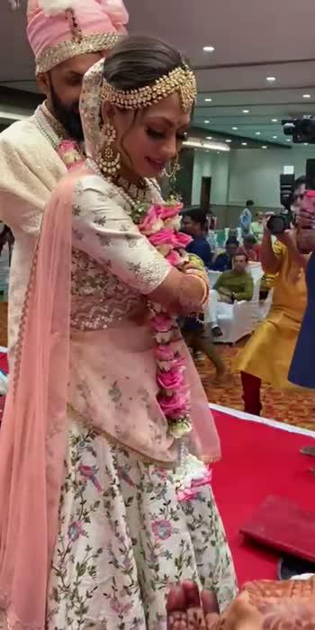 #thepankhwedding❤    #bride #indianbride #indianwedding #bridaloutfit #khyatinisar #prettymess #herprettymess #pankh #pavankhyati
