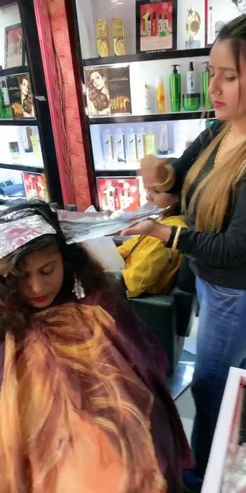 Haircut 💇♀️ hair colour #haircut #hairfashion #roposoindia