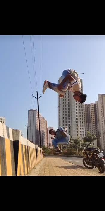 #acrobatics #wow #roposo #roposostar #roposo-beats #foryoupage