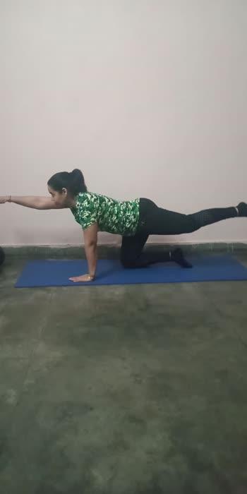 easy workout for thighs, hips and arms..  #workout #workfromhome #workoutmotivation #easyworkout #easyyoga #befit #roposo #roposo-beats #roposomusicmasti #roposofamily #roposostarchannel #roposohealthtips #roposodaily #roposo-masti