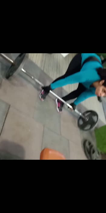 dead lift, 40 kg first time 😊 #roposostar #ropogirl #roposogabruchannel #roposo-beats #roposobeauty #roposobeauty #roposostarchannel #roposocontest #roposofitness #roposofitnessmodel #roposohealthtips