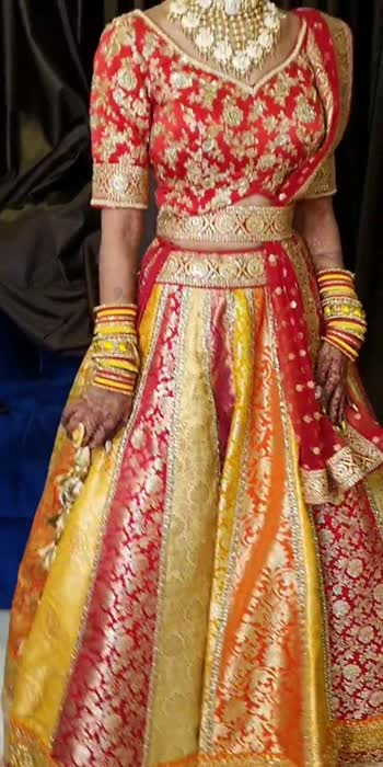The Glam Studio  for further inquiry or booking contact:8855085000/02512706666 #bridallook #coolgirl #bridaljewelry#bridalhairstyle #wedding#weddingsutra #weddingplz #weddingstyle#weddingplannerinindia