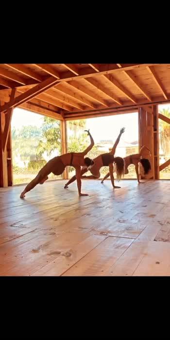 Yoga is my Life 💙 #yogachallenge  #healthychoices #healthiness #yogainspiration #yogalover #yogalove #yogaday #yogaeveryday #yoga4roposo #yogaeverydamnday