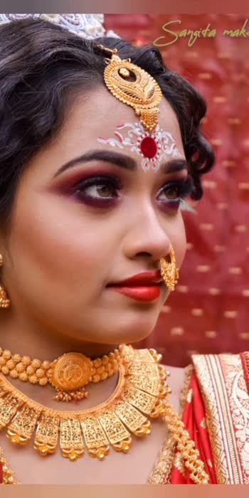 #bridalmakeup #makeup #makeupartist #royalbride #bridallook #sangitamakeover