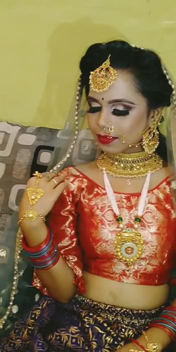 #jhumkas #jhumkabareliwala #jhumkadesign #jhumkalove #bridalmakeup #bridalwear #bridalmakeupartist #bridalwear#indianbride #archparlour