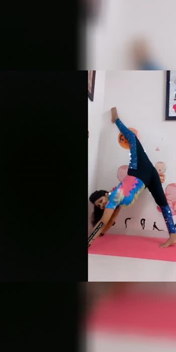 yoga #yoga4roposo #yoga #yogagirl #roposo #roposostar