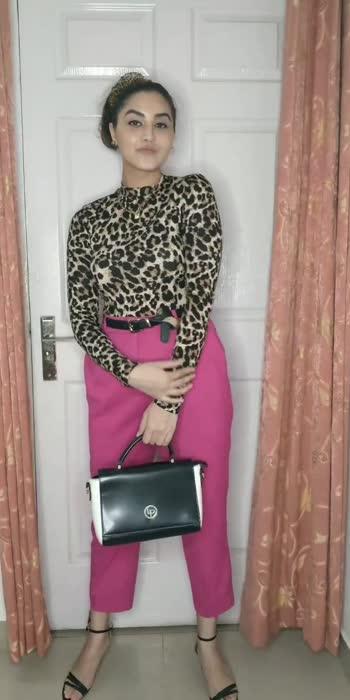Styling Pink Pants #summerlooks #summerfashion #summer #summerstyle #summeroutfit #summervibes #summercollection #summerwear #fashionista #fashionquotient #fashionblogger #fashiondiaries #fashionlovers #styleoftheday #styleinspiration #inspofashion #styleoftheday