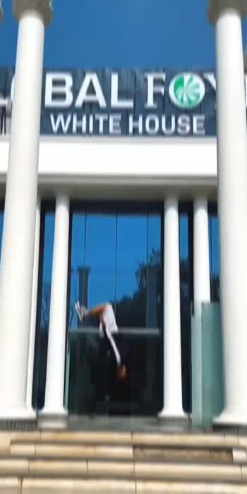 #dance #flip #flipping #parkour #breaking #gymnastic #acrobatics