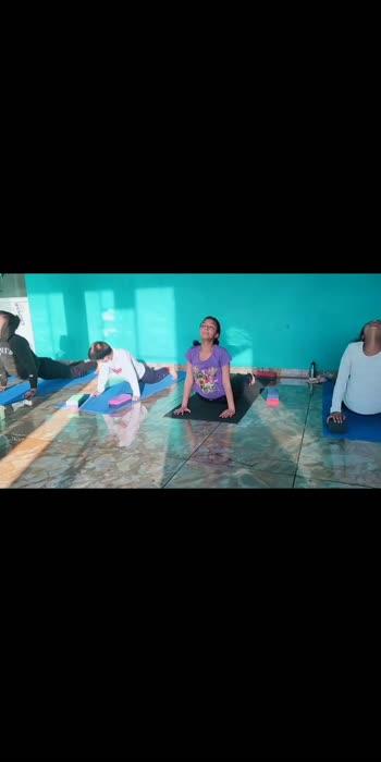#yoga #yogaclass #yogalove #yogaday #yogachallenge #yogainspiration #roposo-beats #roposoindia #roposochannels