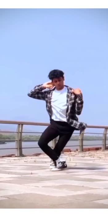 Bekhabar O Bekhabar 💕 #venkateshchatuphale #dance #dancer #dancevideo #dancelove #dancechallenge #dancestudio