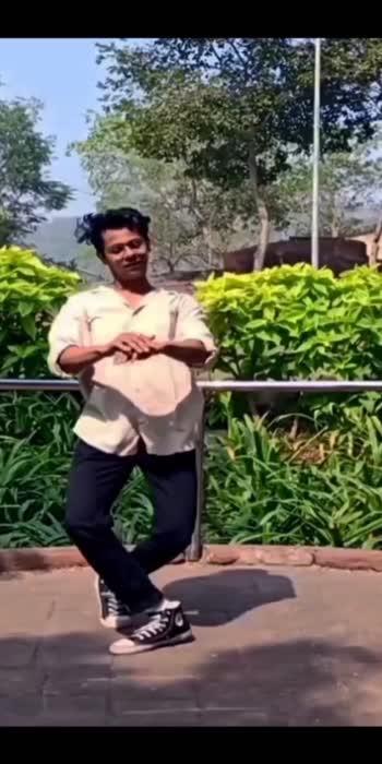 Channa Ve 🍃 #venkateshchatuphale #dance #channave #vickykaushal #bhumipednekar #hindisongs #lyricaldance #foryou #bollywoodsong