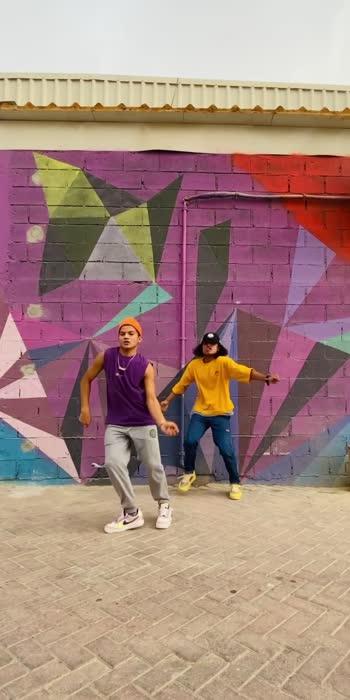नाच रे मोरा दुबाई च्या वनात                                   with @deven_creation                                    Such an amazing piece by @sagar_bora  lots of love to you from UAE Thanks for inspiration                #sagarbora #dubai🇦🇪 #uae #performance #globlevillage #swag #inspiration #sagarborachoreography #hiphop #indiandancer