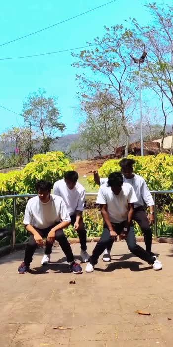Hum Tum 🍃 #dance #venkateshchatuphale #roposostar #viralvideo #trendingvideo #danceindia