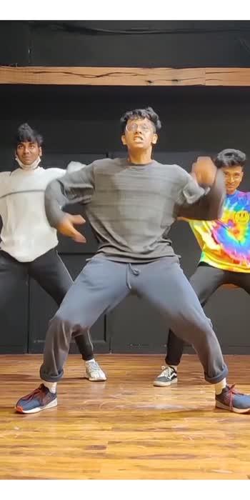 Wajle Ki Bara 💨 #dance #venkateshchatuphale #dancerslife #roposostar #roposostars #india #dancers #hindisongs #viralvideo #trendingvideo #foryoupage