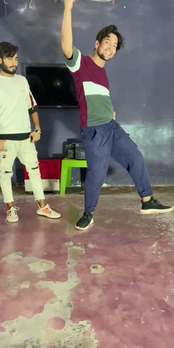 @officialayubkhan #roposo-beats #chhoresuperstar #danceindia #sadancecrew