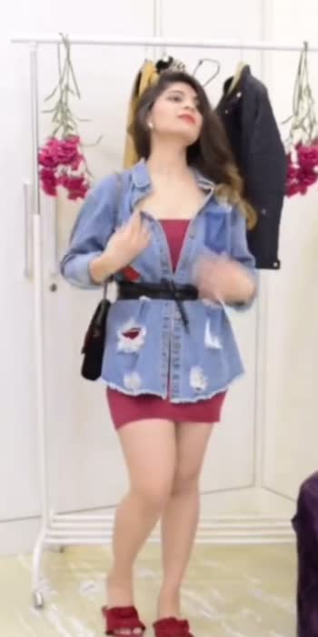 Styling an oversized jacket! #fashionblogger #blog #ootd