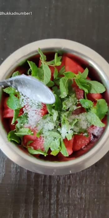 🍉🍹 WATERMELON JUICE 🍹🍉 Refreshing and Soothing Watermelon Juice is a perfect summer drink!  Follow us for more such refreshing updates!   #bhukkadnumber1 #watermelonjuice #summerdrinks #mumbaifoodie #foodbloggerindia #tasteofindia #mumbaifoodblogger #summerecipes #whatmumbaieats #indianfoodblog #munchymumbai #roposofoodblogger  #mumbaifoodicious #mumbaifoodbloggers #fbai #indiandrink #roposofoodie  #indiandesserts #mumbaistreetfood #foodofmumbai #foodiesofindia #foodtalkmumbai #foodiliciousmumbai #foodindia #southindianfood #indianfoodtales #mumbaifoodies  #roposodrink   #foodfood #meetha
