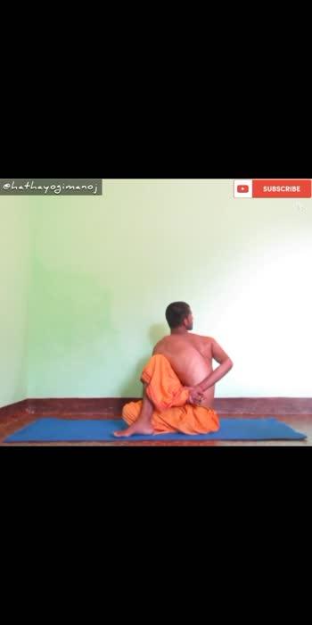 Ardh Matsyendrasana . . #yoga #hathayoga #love #yogalove #youtube #yogachallenge #youtubevideos #yogapractice #yogainspiration #yoga4roposo #yogafitness #yogalife #yogateacher #yogaflow #rishikesh