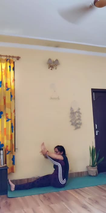 vinayasa flow ✨💜✨❤️  #poseclick #roposeindia #yogachallenge #yogainspiration #yogalove #yogaflow