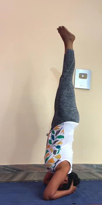 Headstand #yogaroposo #roposofitness #roposostar #roposostar #headstand #yogawithshaheeda #yoga