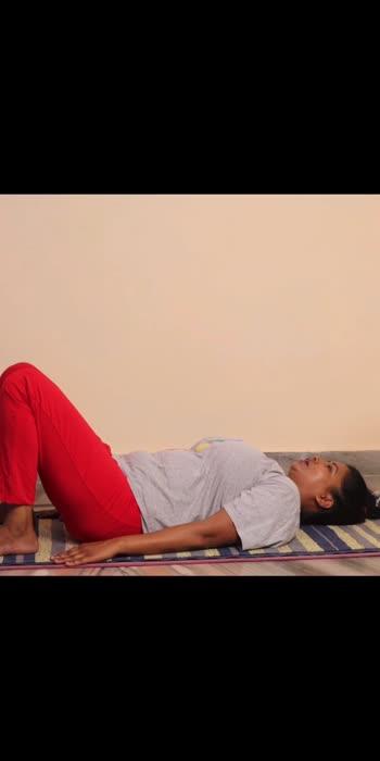 Setubandhasana #roposostar #roposoyoga #yogawithshaheeda #yoga #yogachallenge #yogavideo #roposofitness #roposohealth