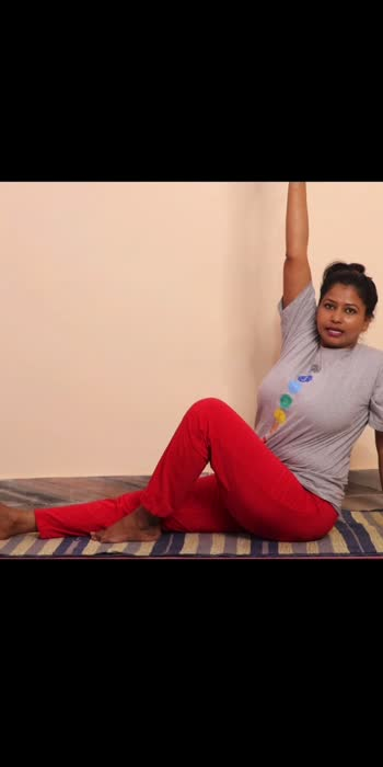 Vakrasana #yogaroposo #roposofitness #roposohealth #roposostar #roposo