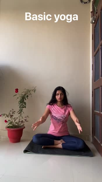 #basicyoga #yogagirl #roposo